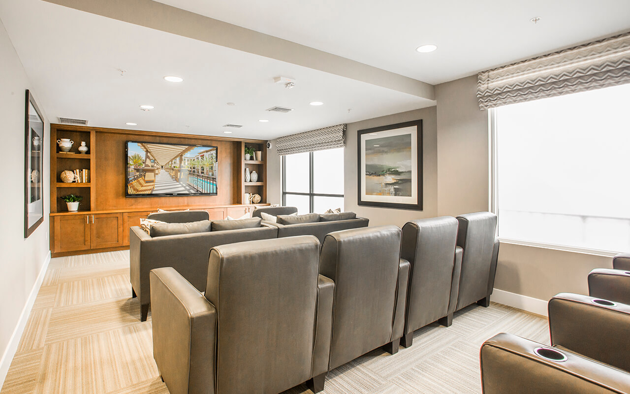 Alta-South-Bay-Apartments-Torrance-CA-Media-Lounge-01-TV-ON-1